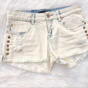 Billabong size 25 distressed denim rivet shorts